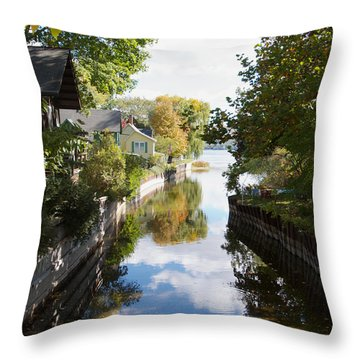 Glenora Point Throw Pillow