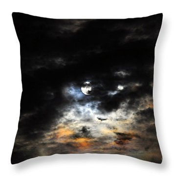 Glorious Gibbous - Wide Version Throw Pillow by Al Powell Photography USA