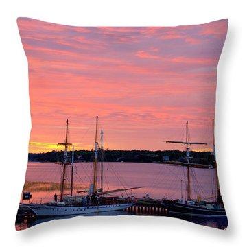 Glorious Sunrise  Throw Pillow