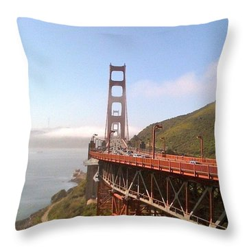 Golden Gate Bridge - San Francisco Ca Throw Pillow