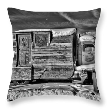 Home On Wheels - Bw Throw Pillow by Christopher Holmes