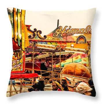Hot Dogs Throw Pillow