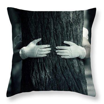 hug Throw Pillow by Joana Kruse