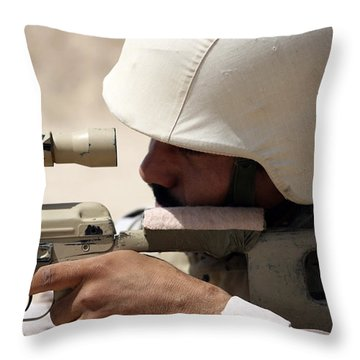 Iraqi Army Sergeant Sights Throw Pillow by Stocktrek Images