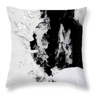 January 18, 2010 - Ross Sea, Antarctica Throw Pillow by Stocktrek Images