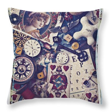 King Of Hearts Throw Pillow by Garry Gay