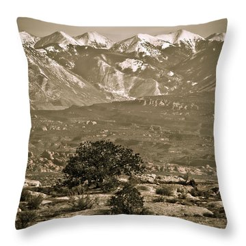 La Sal Mountains Utah Throw Pillow by Marilyn Hunt