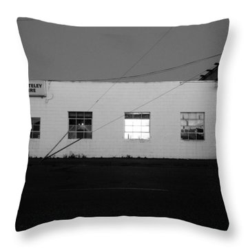 Throw Pillow featuring the photograph Last Light On by Kathleen Grace