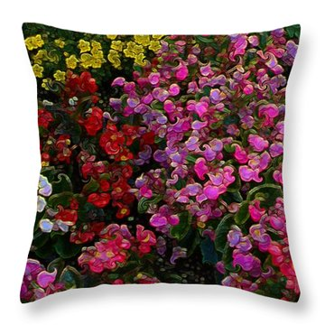 les fleurs II Throw Pillow