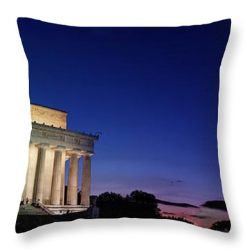 Lincoln Memorial At Sunset Throw Pillow