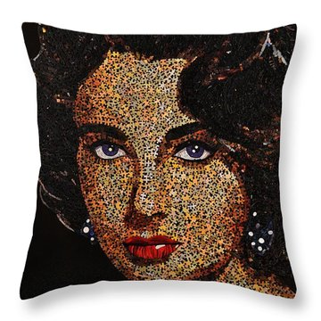 LIZ Throw Pillow