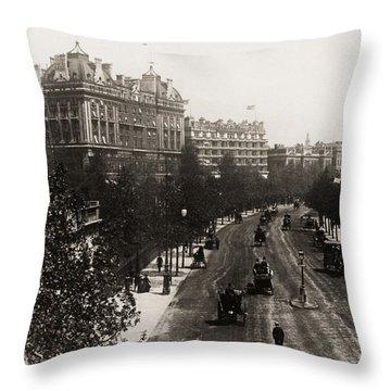 London: Embankment, 1908 Throw Pillow by Granger