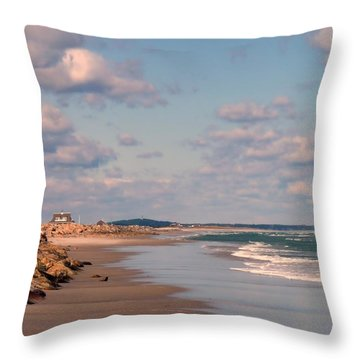 Low Tide Stroll Throw Pillow