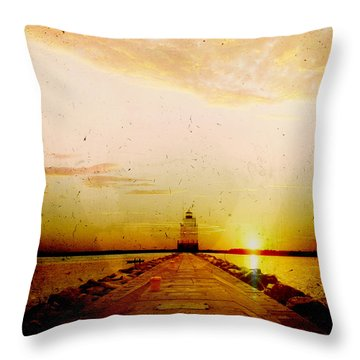 Manitowoc Breakwater Lighthouse Throw Pillow