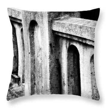 Mary Street Bridge Bristol Virginia Throw Pillow