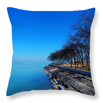 Michigan Lakeshore In Chicago Throw Pillow by Paul Ge