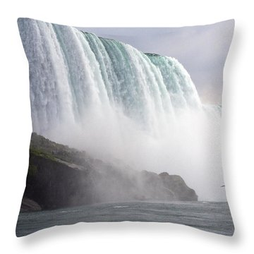 Throw Pillow featuring the photograph Niagara Falls by Darleen Stry
