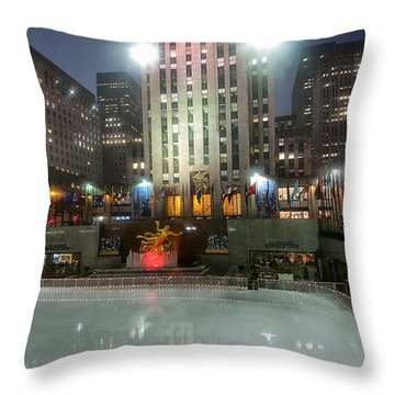 Nyc055 Throw Pillow by Svetlana Sewell