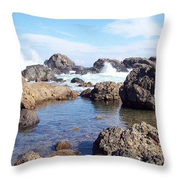 Ocean Tide On The Rocks Throw Pillow