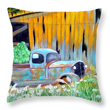 Old Friend Throw Pillow