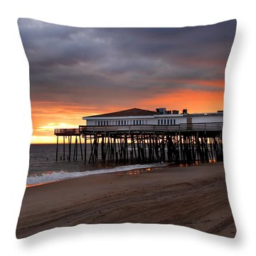 Old Jennettes Pier Throw Pillow