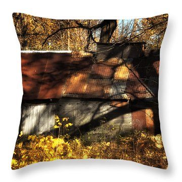 Old Sugar Shack Throw Pillow