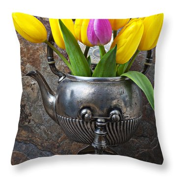 Old Tea Pot And Tulips Throw Pillow by Garry Gay
