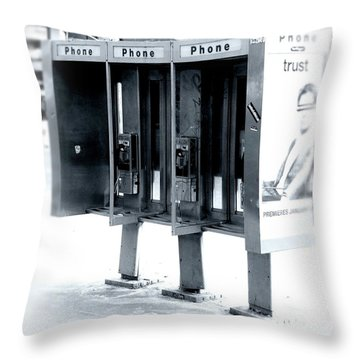 Pay Phones - Still In Nyc Throw Pillow
