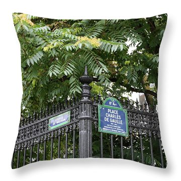 Place Charles De Gaulle And Avenue De Wagram Throw Pillow by Carol Groenen