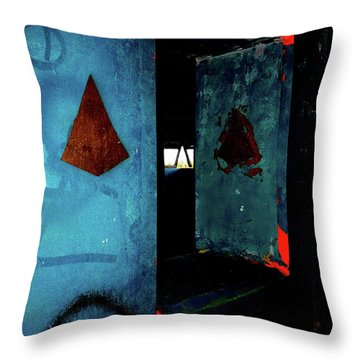Throw Pillow featuring the photograph Pyramid Power by Newel Hunter