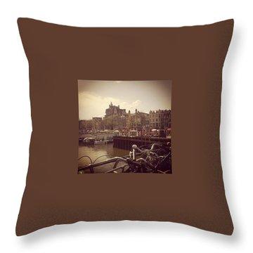 Queensday Throw Pillows