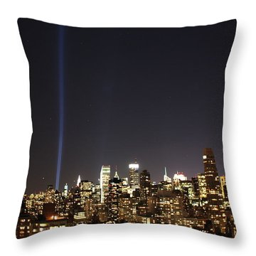 Remember The Heroes Throw Pillow by Catie Canetti