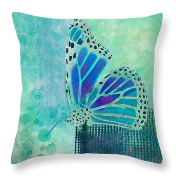 Reve De Papillon - S02b Throw Pillow