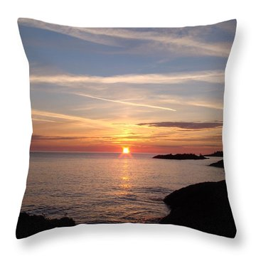 Throw Pillow featuring the photograph Rising Sun by Bonfire Photography