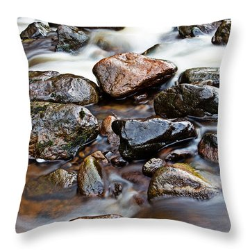 River Breamish Rocks Throw Pillow