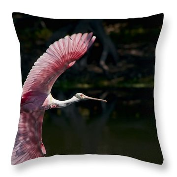 Throw Pillow featuring the photograph Roseate Spoonbill by Steven Sparks