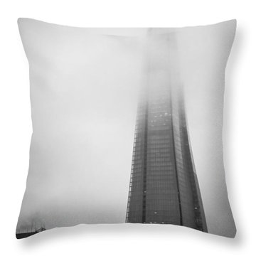 Throw Pillow featuring the photograph Slicing Through The Mist by Lenny Carter