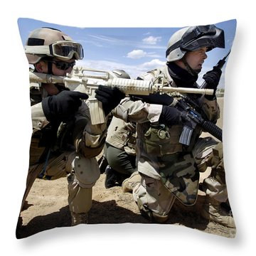 Soldiers Respond To A Threat Throw Pillow by Stocktrek Images