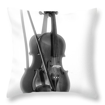 Solo Performance Throw Pillow