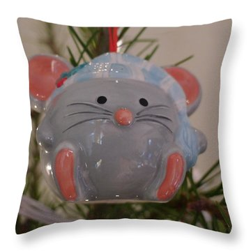 Throw Pillow featuring the photograph Squeaky Xmas by Richard Reeve