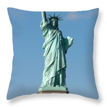 Statue Of Liberty Iv Throw Pillow by Clarence Holmes