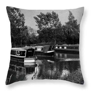 Still Thinking And Just Chilling... Texture Throw Pillow