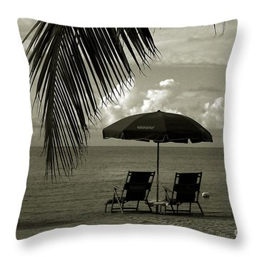 Sunday Morning In Key West Throw Pillow by Susanne Van Hulst