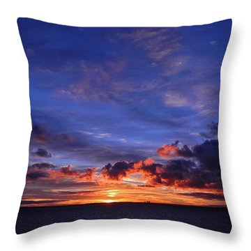 Sunrise Over Western Australia I I I Throw Pillow