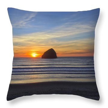 Sunset At Cape Kiwanda Oregon Throw Pillow