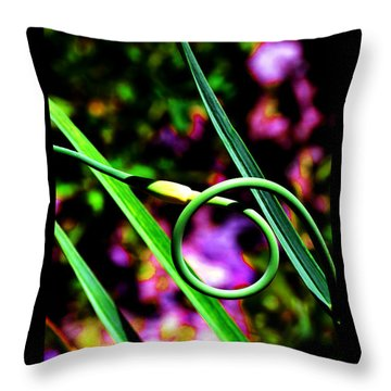 Throw Pillow featuring the photograph The Divine Cosmos Of Garlic by Susanne Still
