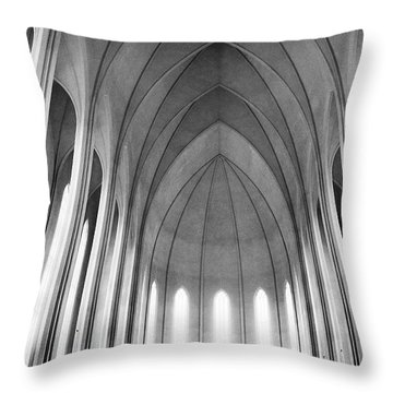 Queens Throw Pillows