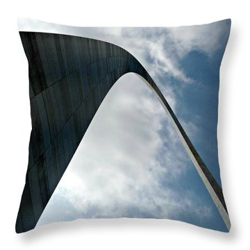 The St. Louis Arch Throw Pillow