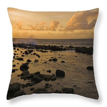 The Sunset Over A Tidal Pool In Saint Throw Pillow
