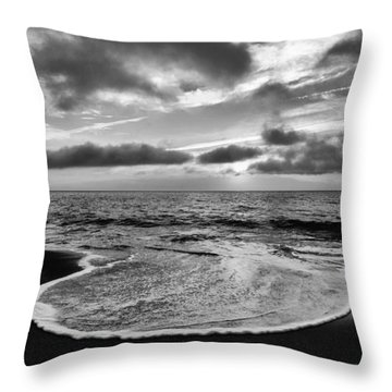 Tongue Of The Ocean Throw Pillow